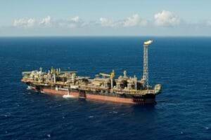 Petrobrás concluirá em maio as licitações do FPSO e de completação de poços do parque das baleias