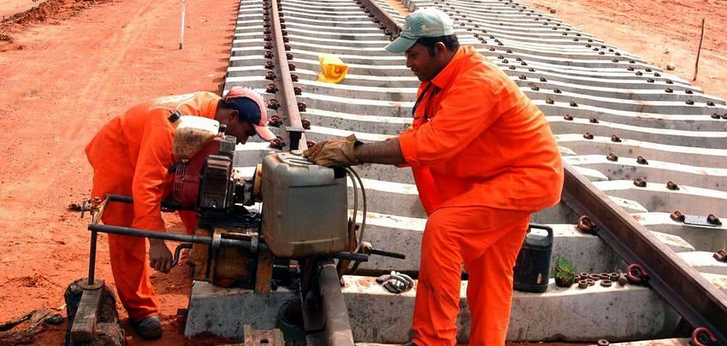 Exército volta a construir ferrovias