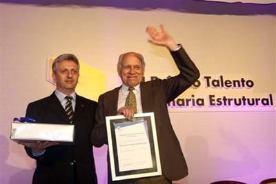 Prof. Augusto C. Vasconcelos deixa importante legado para a engenharia brasileira