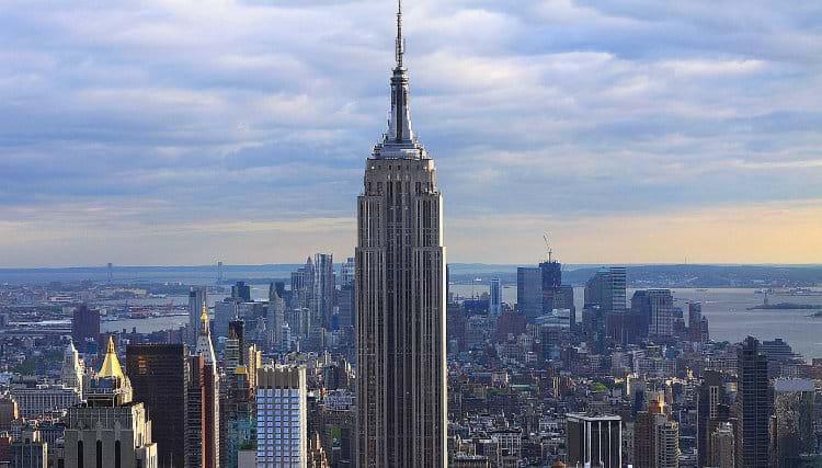 """Empire State Building adota """"retrofit infinito"""""""