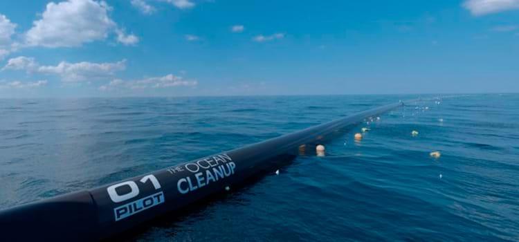 A tecnologia que limpará os oceanos do lixo está pronta para começar a limpeza
