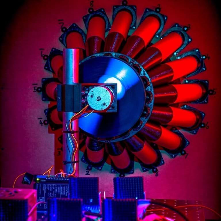 Buraco negro pode funcionar como usina descomunal de energia